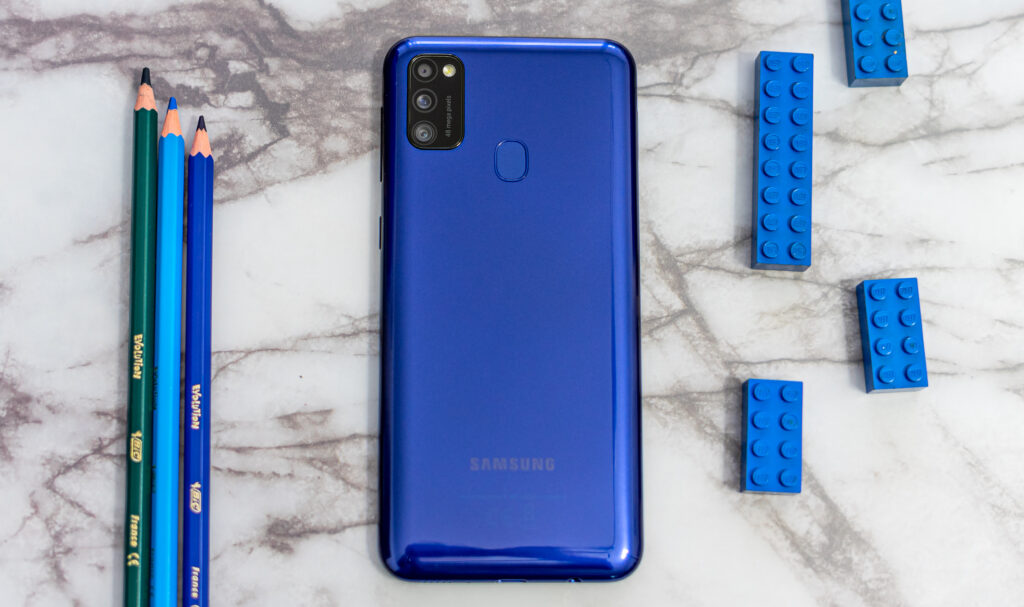 Samsung Galaxy M21 review achterkant