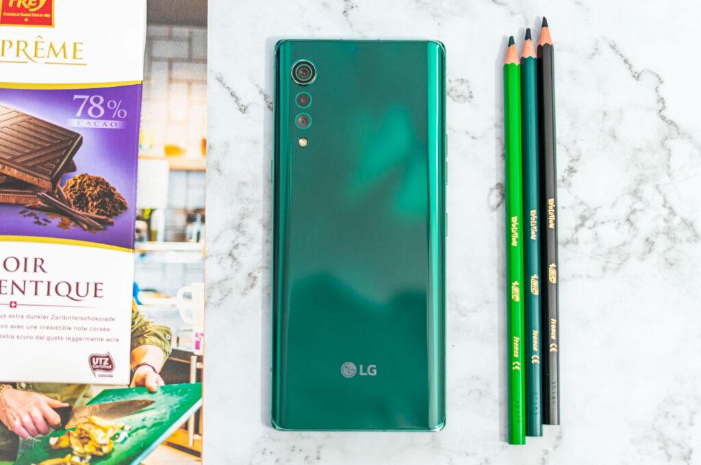 LG Velvet achterkant