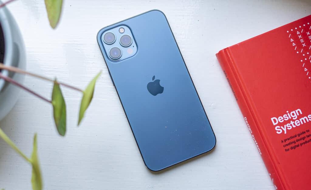 Apple iPhone 12 Pro Max 08